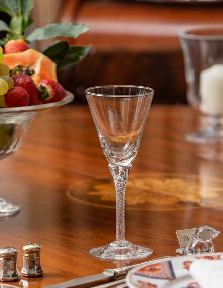 Frontvilla Wine Glass